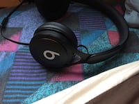black and gray corded headphones Mississauga, L5L 1K5