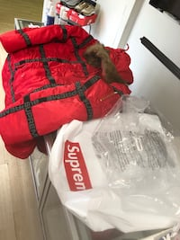 Supreme jacket brand new with bags and all under retail Springfield, 22153