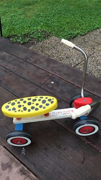playskool ride on trike Triangle, 22172