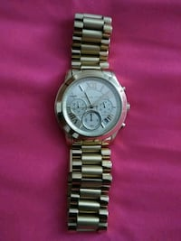 round silver Michael Kors chronograph watch with l Stratford, 06615