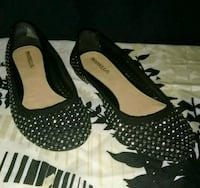 Black Flats with Silver Accent Women's Size 6.5 Wake Village, 75501
