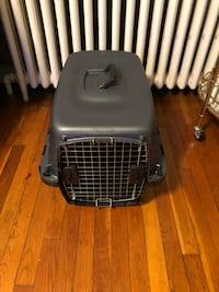New! Petmate Navigator Kennel paid $62 19L X 12.7 W X 11.5 Brand new never used! Excellent condition. Washington, 20002