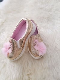 Brand New Cat&Jack Target shoes size 6
