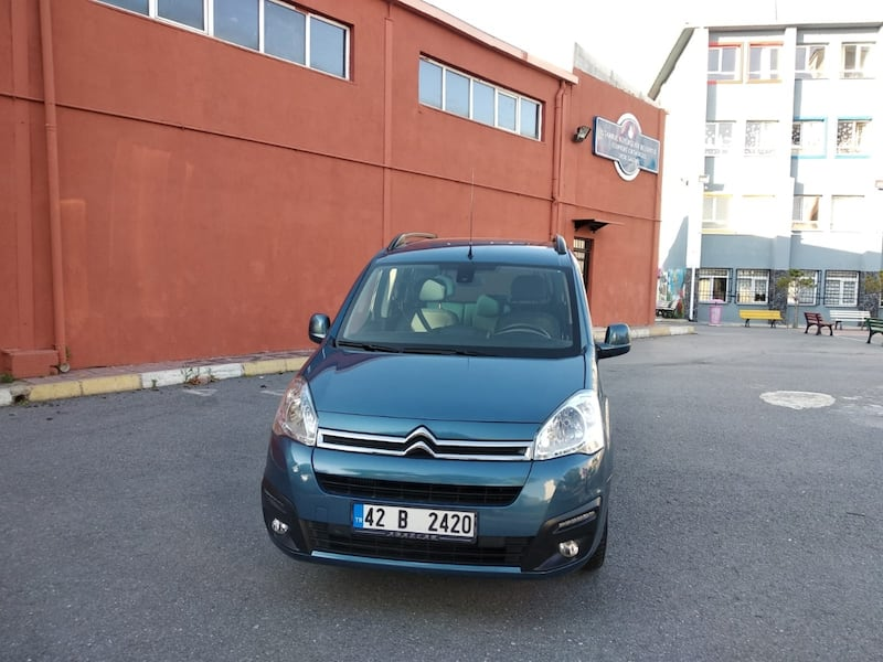2018 Citroen Berlingo 0