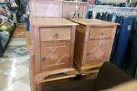 2 small nightstands Las Vegas, 89115