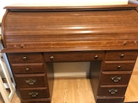 brown wooden roll-top desk Frederick, 21702