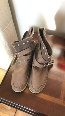 brown and gray leather boots