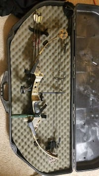 gray and black compound bow Aspen Hill, 20906