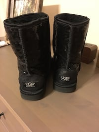 Women's UGG boots size 6 Kannapolis, 28083