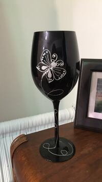 black and gray steel wine bottle Mississauga, L5N 2A5