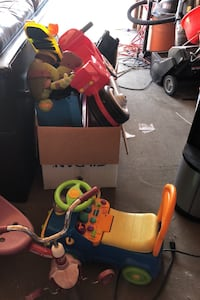 Kid toy for free by free Smoke and pet home Edmonton, T5X 6G2