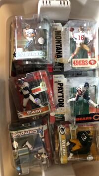 NFL McFarlane fugues Series 1-16 all chase/variants Calgary, T2E 3W8