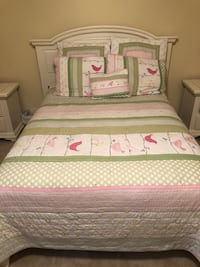 Pottery Barn Quilt set Yorktown, 23692