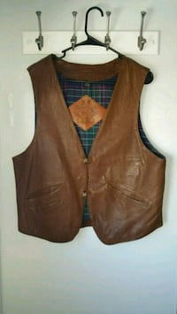WILLIS AND GEIGER LEATHER VEST