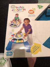 Baby einstein activity table 6-36 momths Vaughan, L4H 0W4
