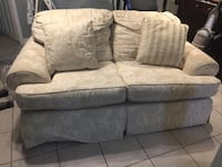 Off white fabric 3-seat sofa great for starter home or cottage  Mississauga, L5G 1B7