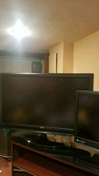 black flat screen TV with remote Union, 07083