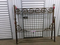 Cast iron bed frame with rails Pasadena, 91105
