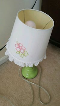 white and green floral table lamp Stafford, 22556