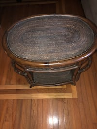 Wood/bamboo end table West Chicago, 60185