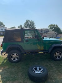 2001 Jeep Wrangler TJ //Green 4 WD Canfield