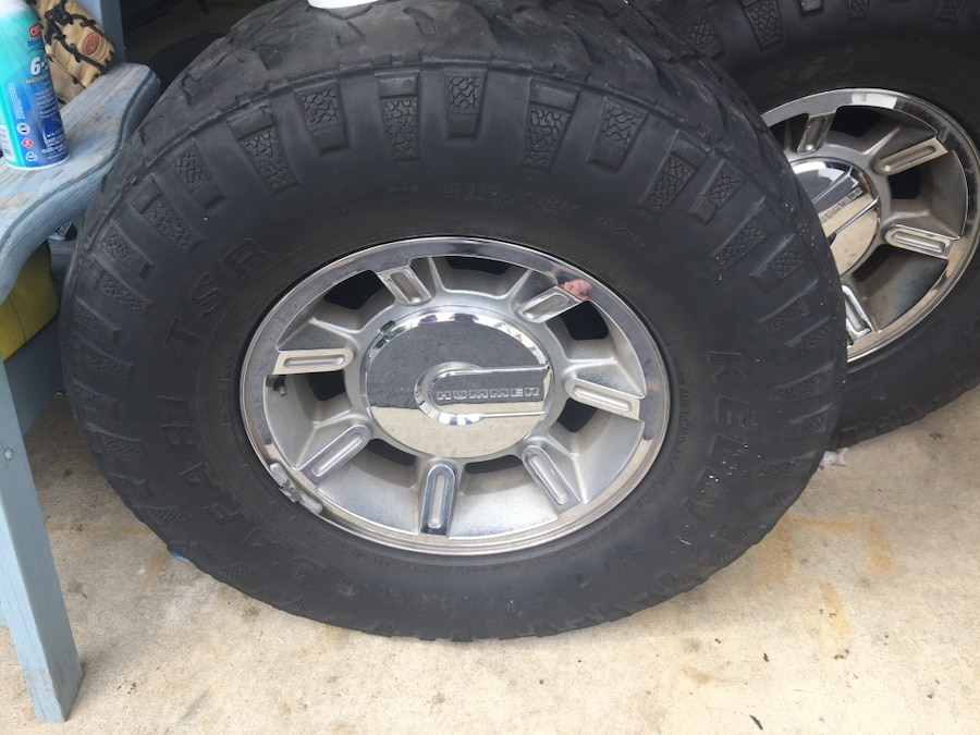 Used Hummer Rims and Tires (5) chrome 17