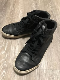 Size J3 hightop sneakers