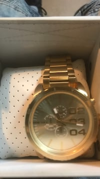 Round gold-colored chronograph watch with link bracelet La Plata, 20646