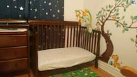 3-in-1 covertible crib 788 km