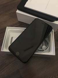 iphone7 32gb black  Mississauga, L5B