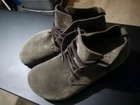 [NEW] Birkenstock Leather Taupe Clogs