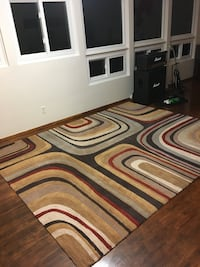 Area rug  8'x10' from non smoking home.