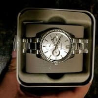 round silver chronograph watch with link bracelet Washington, 20011
