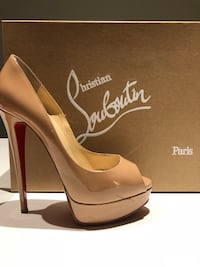 Christian Louboutin Nude Patent Leather- Lady Peep- Size 38.5 Chicago, 60610