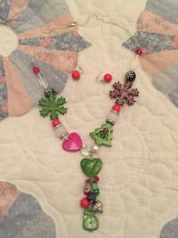 Christmas necklace with earrings Nashville, 37221