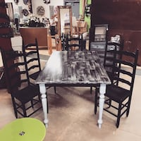 Dining table and chairs Mechanicsville