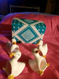 Set of ceramic duck napkin holders Baltimore, 21207