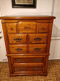 Big (BROYHILL) chest dresser with big drawers, mad Annandale, 22003