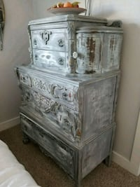 Gray distressed wooden 4-drawer chest Westminster, 80031