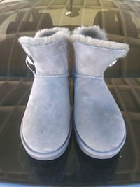 UGG size 11 Los Angeles, 90047