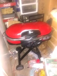 red and black gas grill Peoria, 85345