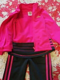 3T pink and grey adidas suit for girls.. Lower Sackville, B4C 0A4