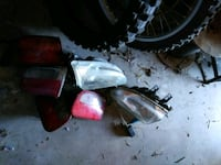 Honda parts headlight tail light and 2 rims Palmdale, 93550