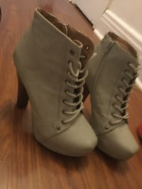 High heel boots Lachine, H8S 1N8