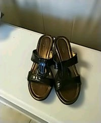 Lovely Black Patent leather Sandal Kitchener, N2P 2T6
