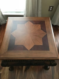 End Table Chantilly, 20151