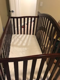 Gently used convertible crib Vancouver, 98684