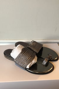 Vince Camuto Sandals - Size 7.5- Worn once Vaughan, L6A 1V4