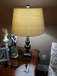 2 table lamps woods Mississauga, L5R 3K4