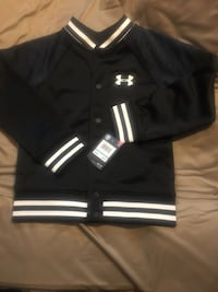 Under Armour Jacket - Youth size 5 Hyattsville, 20785